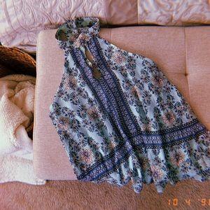 Francesca's floral top